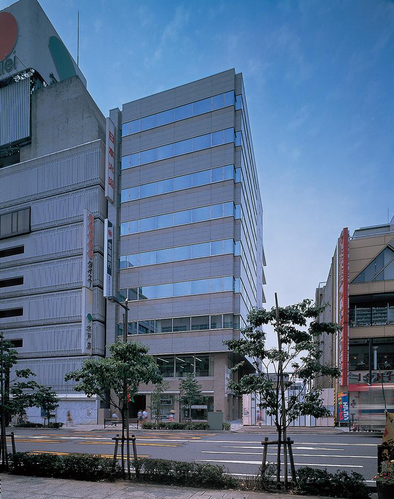 日本興亜損害保険